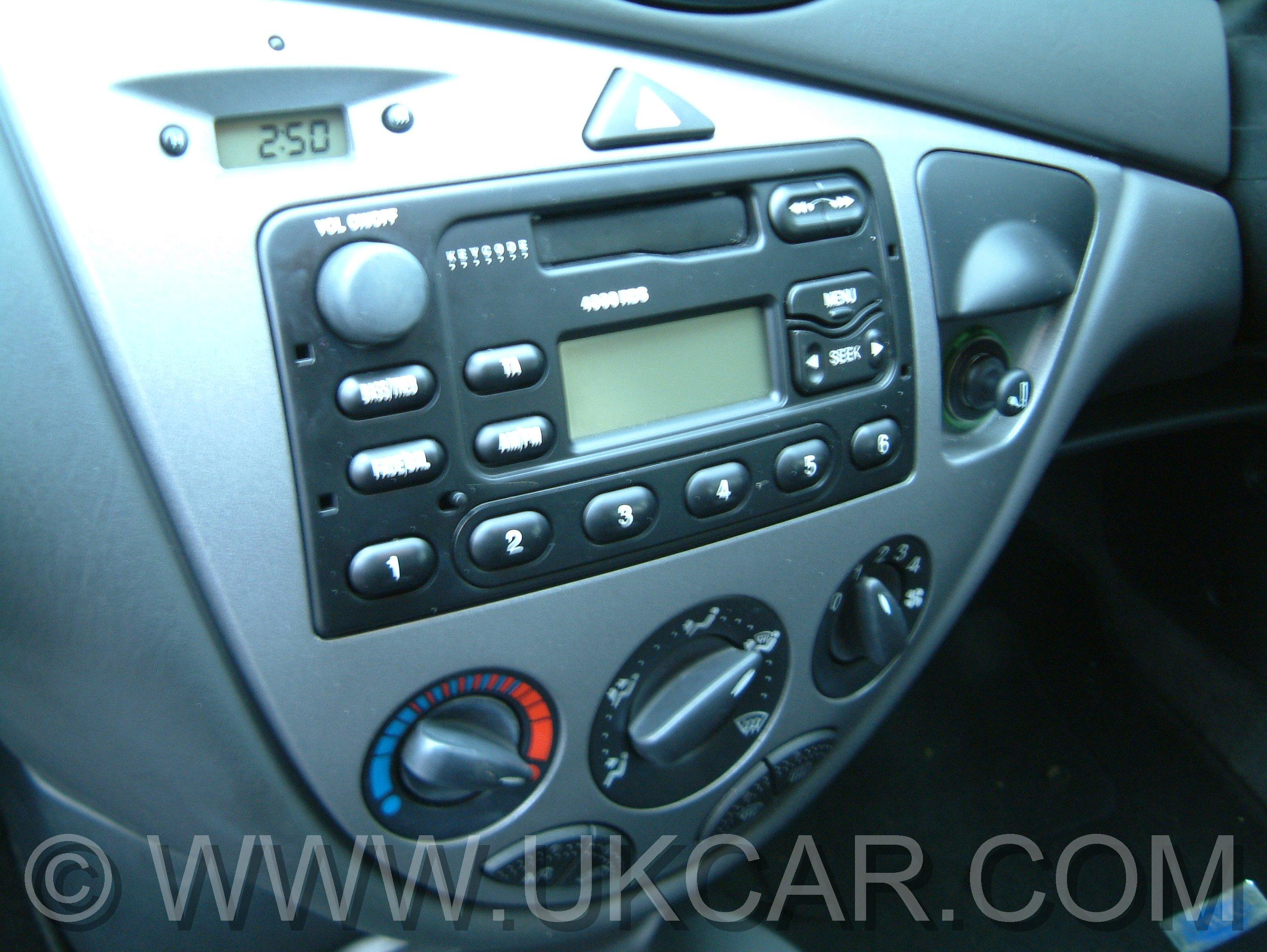 changing radio in mk1 5 focus overclockers uk forums. Black Bedroom Furniture Sets. Home Design Ideas