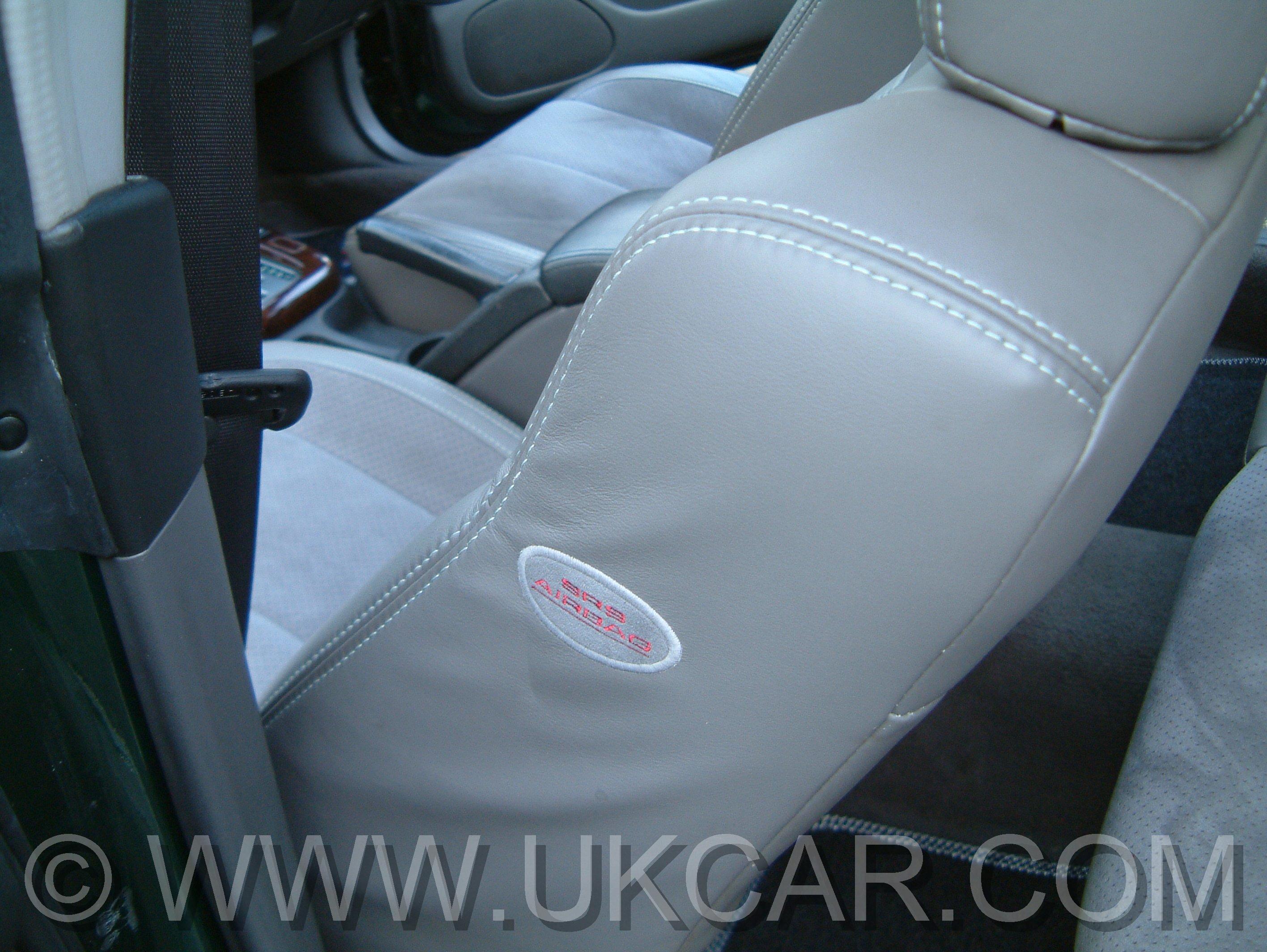 Subaru Legacy: Front seatbelts
